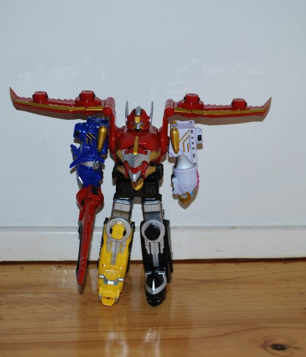 Review Of Power Ranger Megaforce Megazord